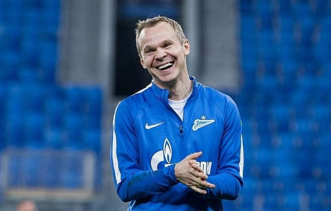 Фанаты «Зенита» призвали клуб сохранить Анюкова