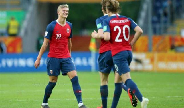 Боруссия дортмунд потратила 10 млн